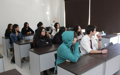 Estudiantes del Programa Propedéutico de Medicina conocieron experiencia de especialistas