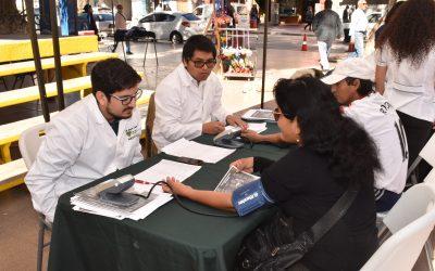 Estudiantes de Medicina representaron a la UDA en la actividad Plaza Saludable realizada en Copiapó